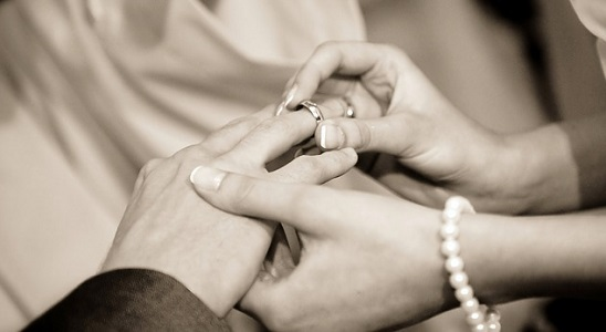 バツイチ彼氏の本音をタロット占いで聞いたら「結婚する気がない」